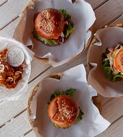 Layla's Beach Burgers