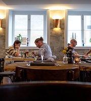 Restaurant 1733