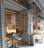L'ange Patisserie & Cafe