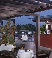 Pool Bar & Grill