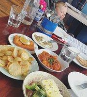 Spitaki Greek Taverna