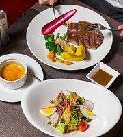 AV Primo - Wine & Steak House