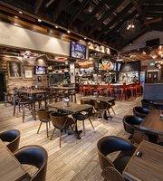 Bellafornia Pizza Burger & Bar