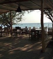 Juntos Beach Bar