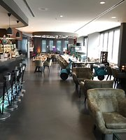 V8 Hotel Restaurant