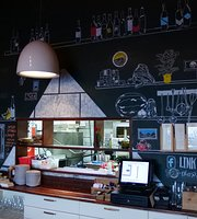 Link Castel Bistro Restaurant