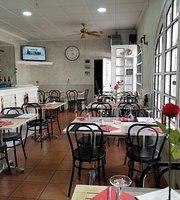 La Finestreta restaurant, tapes & bar