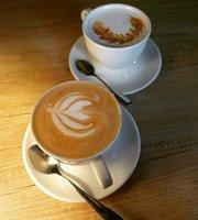 17/5 Coffee & Binge