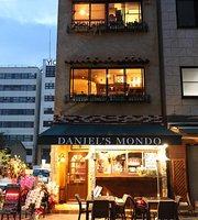 Daniel's Mondo
