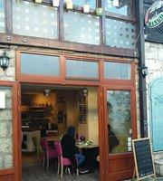 Saffron, Cafe & Restaurant