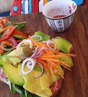 Shanti Cafe