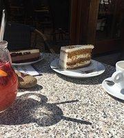 Cafe & Snack - Madam Cokolada