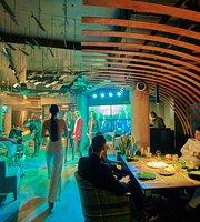NAUTILUS Lounge Cafe