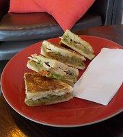 Mishou's Cafe