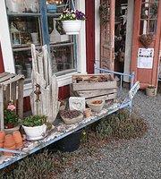 Broaskog Gardsbutik & Cafe