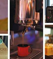Granny Smith Coffee, Juice & More