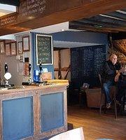Vinos Ale and Wine Tavern