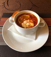 Yuna Cafe