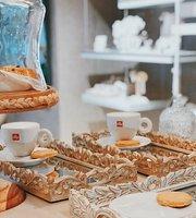 A'Mar Cafe