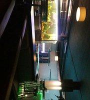 Take 5 Club Lounge