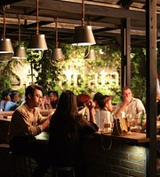 Sakapatat Brew House & Resto
