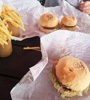 Boulders Burgers