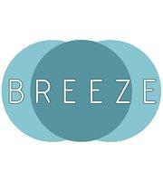Breeze Bar & Grill