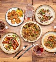 The Wine & Gourmet Friends (Wine & Pork Specialist)