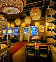 Cous Restaurant & Bar