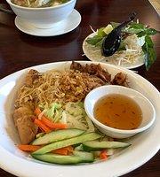 Green Leaf Vietnamese Bistro