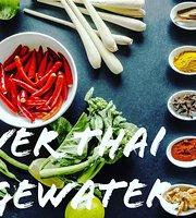 River Thai Food