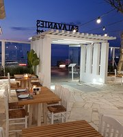 Salavantes - Garden Restaurant & bar