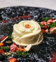 Maison Claris - Fine Dessert Cafe