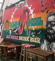 High Heel Cafe Bar & Bistro