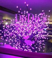 Dodo's Mediterrasian Restaurant