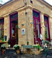 Tortuga Artcafe Winebar