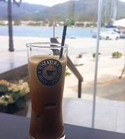 eLmezzo all day Bar Restaurant & Coffee Corner