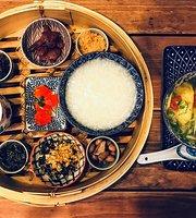 Lhong Tou Cafe