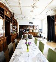 Restaurant & Café Wolfgang's