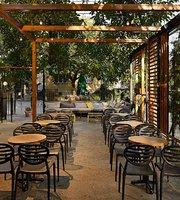 Casa Bar & Beer Garden