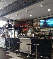 Fast Food Sinatra's Snack Bar
