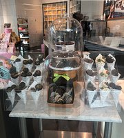 Godiva Chocolatier Florida Mall