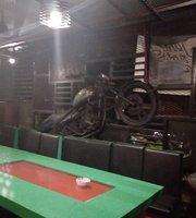 Gluttons Garage