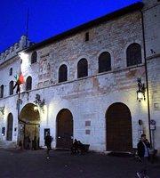 Palazzo dei Priori (Assisi, Italien) omdömen Tripadvisor