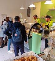 VALU' - Ice Cream & Cakes