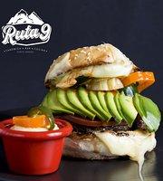 Ruta 9 Sandwich Bar Cocina