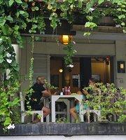 Balangan Cafe