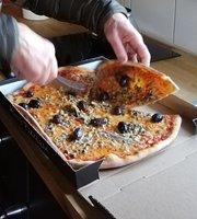 Hindas Pizzeria