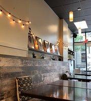 Social Crust Cafe