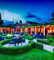 Easy Garden Restaurant & Cafe